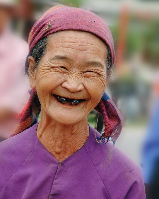 Vietnam-Joyous women